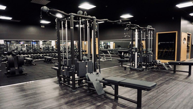 fitness world skärholmen öppettider